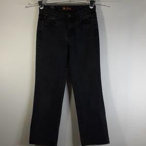 Aura Black Regular Rise 6 Short Jeans